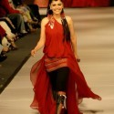 Hadiqa  Kiyani - Lahore Fashion Week 2010 - (6)