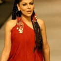 Hadiqa  Kiyani - Lahore Fashion Week 2010 - (7)
