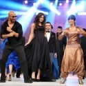 Reema Performance at Lux Style Awards 2011 (15)