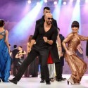 Reema Performance at Lux Style Awards 2011 (26)