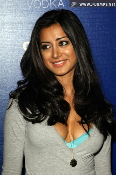 - click on picture to view Noureen Dewulf complete gallery
