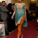 Pakistan_Fashion_Show_April_2008_Catwalk_by_Caramel_Models_ (16)