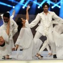Performance by Amina and Mohib at Lux Style Awards 2011 (1)