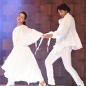 Performance by Amina and Mohib at Lux Style Awards 2011 (2)
