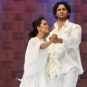 Performance by Amina and Mohib at Lux Style Awards 2011 (3)