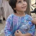 AtifAslam-Charsadda-Peshawar-Flood-Relief-Camp (2)