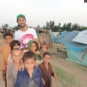AtifAslam-Charsadda-Peshawar-Flood-Relief-Camp (7)