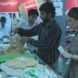 Hadiqa Kiani in Lahore for Flood Relief (2)