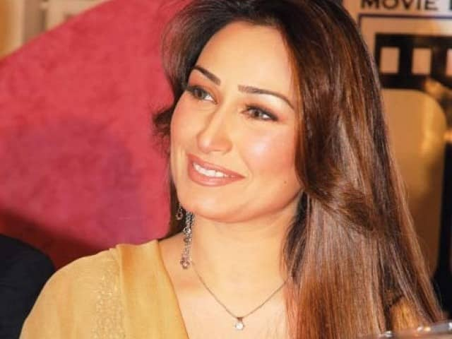 Actors like Reema (Lollywood) have urged people to curtail their expenditure and donate instead.