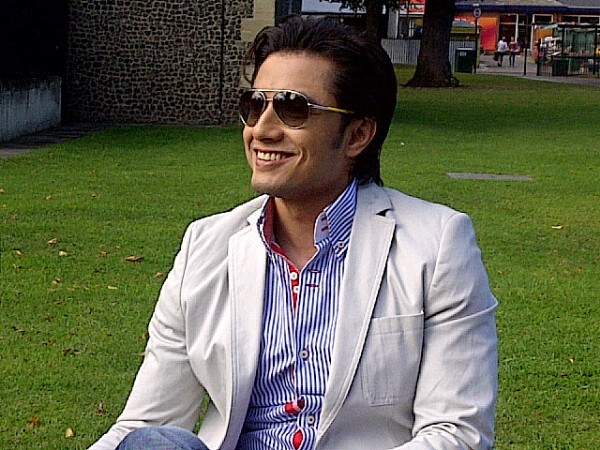 Ali-Zafar-London-Paris-New-York-2